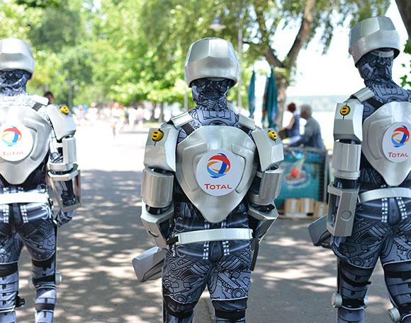 TOTAL robot gerila kampanja